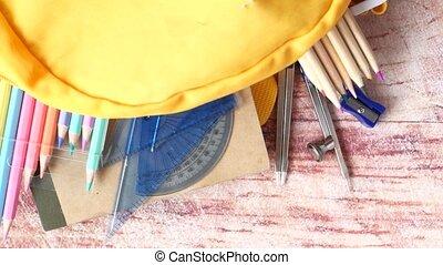table., différent, vue, papeterie, sommet, sac à dos, jaune, coloré
