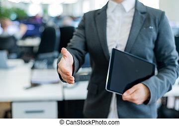 tablette, greeting., chemise, numérique, secousses, dehors, réussi, tenue, veste, transaction., main, anonyme, elle, blanc, affaires femme, accord, tient