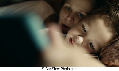 tablette, lit, fils, pc, jeu mère, avant