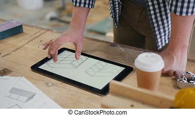 tablette, technique, écran, charpentier, regarder, dessins, mâle, meubles