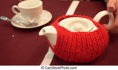 tasse, verse, thé, table, girl, théière, rouges