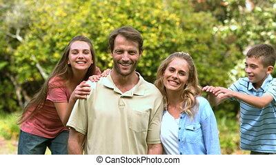 temps, togeth, dépenser, famille, sourire