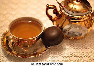 thé, praline, tasse