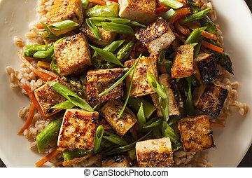 tofu, frire, remuer, fait maison