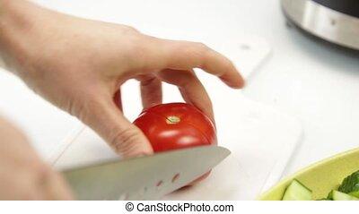 tomate, femme, salade, sain, légumes, cuisine, partage, nourriture, gaspacho, table., ou, cuisine