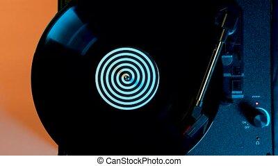 tourner, musique, 80s, sommet, vinyle, nuit, haut., multicolore, bande sonore, classique, rotation, dj, club., lights., néon, disques, fin, jeux, disco, platine, motion., lent, vue