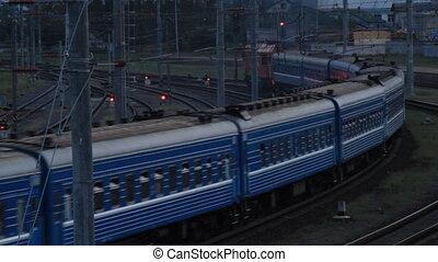 train passager, virage, ferroviaire, passes