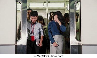 train, public, occupé, bondé, métro, gens, foule, voyage