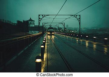 trains, vue, portugal., pont, nuageux, motion., porto, fer, image, temps, nuit, métro, brouillé, luis, dom