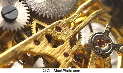 travaux, clock?mechanism