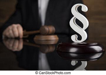 tribunal, maillet, marteau, justice, paragraphe, thème