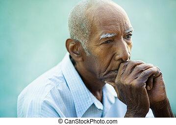 triste, portrait, personne âgée homme, chauve