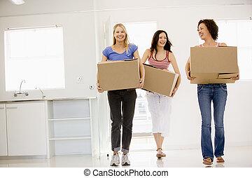 trois, en mouvement, nouvelle maison, amis fille, sourire