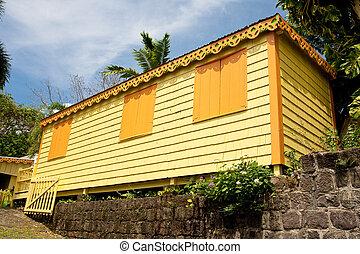 tropiques, jaune, prendre parti, maison, orange, volets
