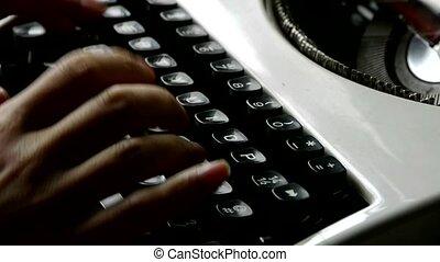 typewriter., mains, dactylographie