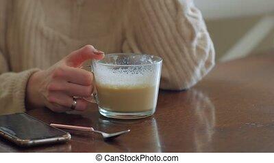 unrecognizable, café, femme, boire