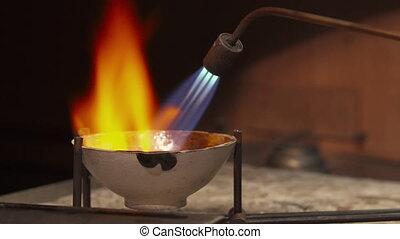 usages, torche, essence, bijoutier