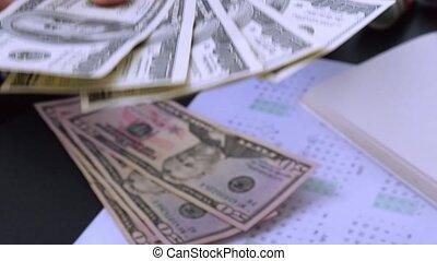 usd, business, dénombrement, argent, authentique, donner, franc, mains, concept., millennial, diffusion, espèces, dollars., femme, revenu, afficher, femme, away., main, vénalité, corruption, pot-de-vin, close-up., nous