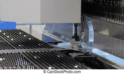 usine, fonctionnement, machine, hydraulique, courber, métal, feuille, automatique