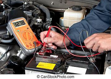 vérification, auto, batterie, tension, mécanicien, voiture