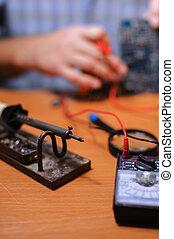 vérification, eletrician, multimètre, planche, circuit