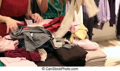 vêtements, choisir, tas, dehors