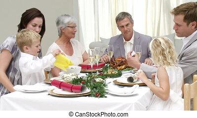 veille, leur, dîner noël, famille