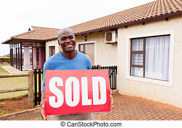 vendu, africaine, jeune, signe, dehors, homme