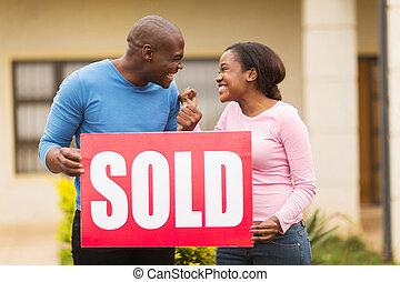 vendu, excité, noir, tenue, signe, couple