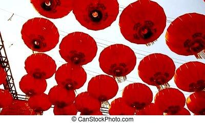 vent, mouvementde va-et-vient, lanternes, gland, rouges