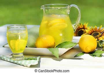 verre, frais, limonade, cruche, table