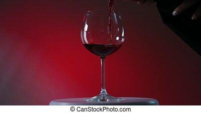 verser, winelass, bas, serveur, vin rouge