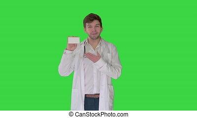 vert, boîte, mâle, écran, pilules, blanc, vide, projection, marche, chroma, key., docteur