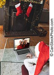 videocall, avoir, ordinateur portable, famille, vue, chapeau, arrière, femme, chapeaux, maison, santa