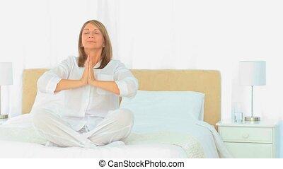 vieilli, yoga, femme