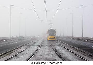 vient, tram, brume, jaune