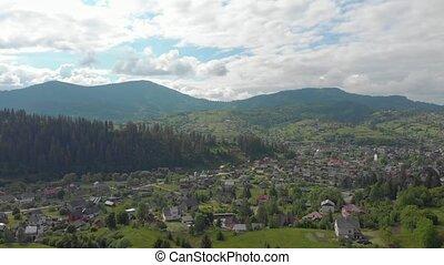 village, montagnes