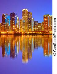 ville, bâtiments, éclairé, business, chicago, panorama, usa, en ville, horizon, coucher soleil, réflexions, coloré