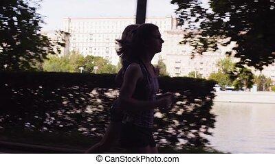 ville, courant, rivière, deux femmes