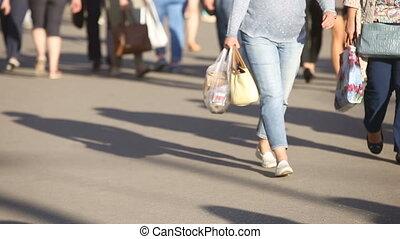 ville, différent, occupé, gens, grand, marche, bas, rue, unrecognizable, anonyme