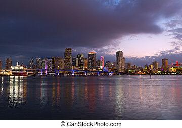 ville, dusk., urbain, miami, en ville, horizon, reflections., paysage