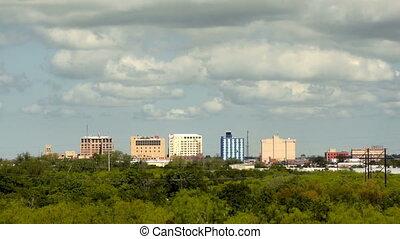 ville, nuages, wichita, chutes, en ville, horizon, clairsemé, dépassement, texas
