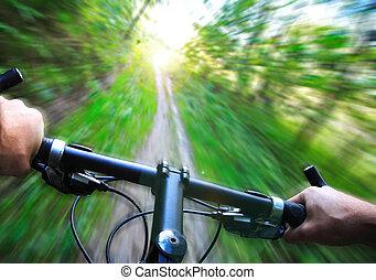 vitesse, vélo tout terrain