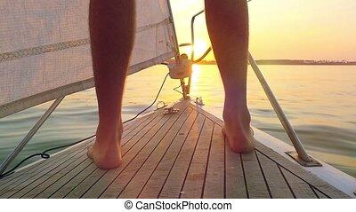 voile, flamme, yacht, reflété, lumière soleil, eau océan, coucher soleil, calme, slowmotion, homme, nez