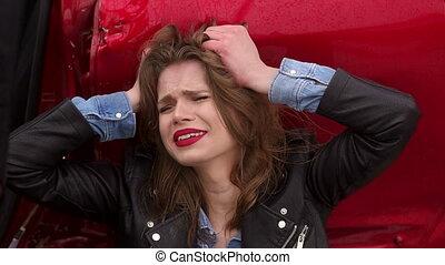 voiture, accident., séance, cassé, elle, pleurer, girl, était, terrestre
