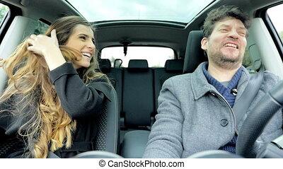 voiture, couple, chant, danse