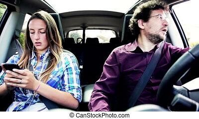 voiture, fâché, père, girl, conduite