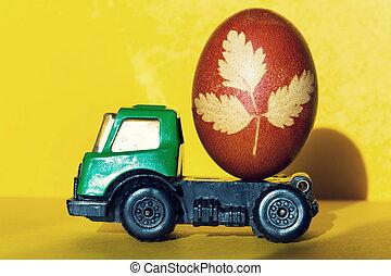 voiture jouet, brown-red, vert, décoré, herbe, oeuf de pâques