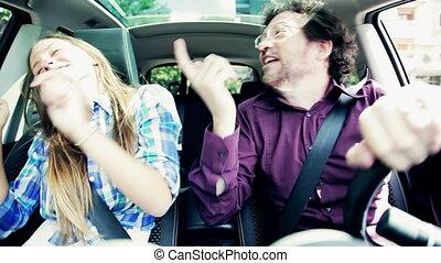 voiture, père, adolescent, danse