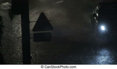 voitures, route, pluie, mouillé